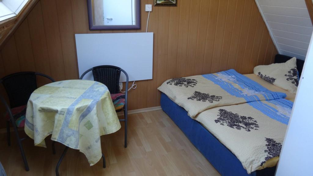 Zimmer - 2